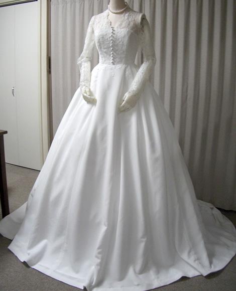 浜ちりめんウェディングドレスの例