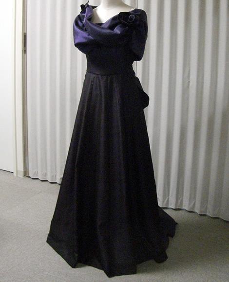 大島紬ウェディングドレスの例